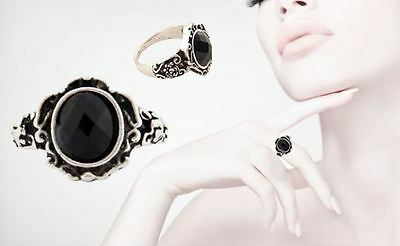 Women's Carved Black Onyx Antique Silver Gothic / Vintage Fashion Ring