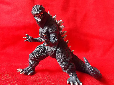 "Godzilla '04 / BANDAI  SOLID PVC Figure 4"" 10cm KAIJU MINT UK DESPATCH"
