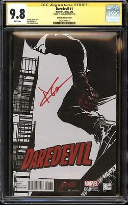 Daredevil #1 Quesada variant CGC 9.8 SS Signed Charlie Cox Marvel Netflix TV NM