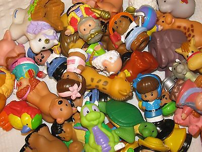 Lot of 30 Random FISHER PRICE LITTLE PEOPLE Figures Farm & Zoo Animals