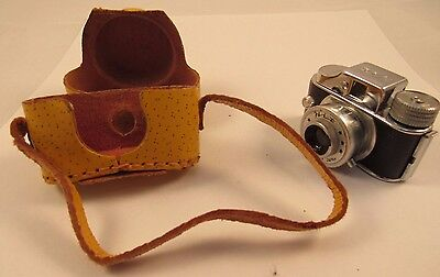 Vintage Hit Mini Miniature Camera Made in Japan w/ Case