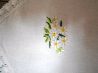 Vintage long embroidered TABLE RUNNER white cotton &daisies doily crocheted edge