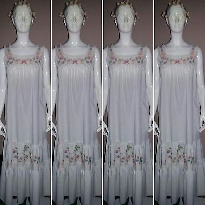 Vintage Full Length/Sleeveless White Cotton and Floral Nightdress. Size 12.