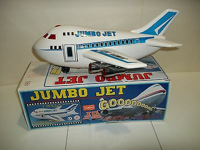 """1988 Cheng Ching Toys 18"""" JUMBO JET BO Sound Lights Moves in orig box! NICE!!"""