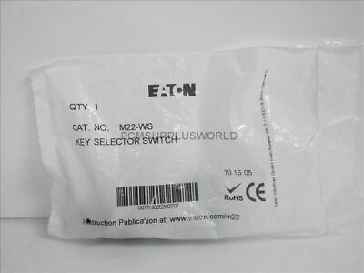 M22-WS M22WS Eaton Key Selector Switch 2 Positions Momentary (New)