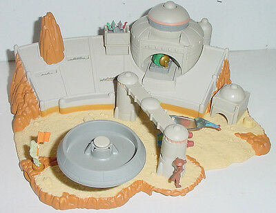Micro Machines STAR WARS Podrace Arena Playset, With Jabba & Podracer