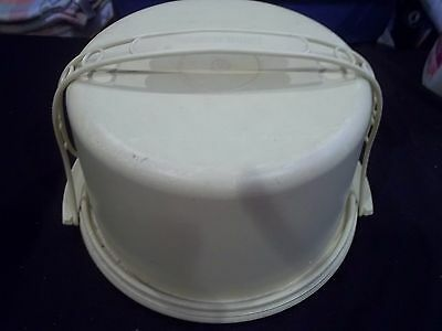 Tupperware Cake Taker Carrier with Handle Round Yellow Sunburst Pattern Vintage