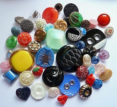 TIN OF 50 VINTAGE GLASS BUTTONS DECO, SCOTTIE DOGS, lot of 50