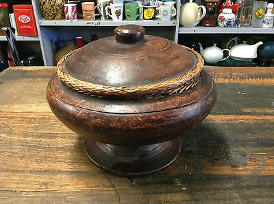BRT Rustic Asian Hand Crafted Wooden Decorative Lidded Trinkets Box