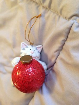 Cat GRAY WHITE CAT w/Red Ball Christmas Ornament  SUPER CUTE VINTAGE 1980S