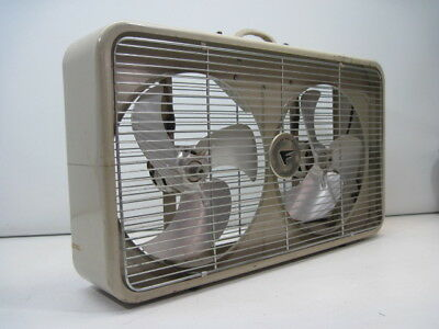 Vintage FRESH'ND AIRE CORY T-128 Enameled METAL TWIN WINDOW FAN AUTO THERMOSTAT