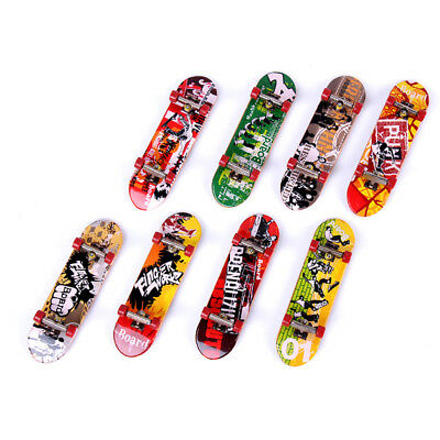 1pc Mini Finger Board Skateboard Kit Skate Park Toy Kids Children Toy Random