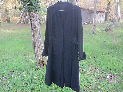 Antique French 1900 fine wool crepe silk light black Coat with lace