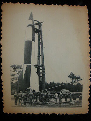 PHOTO ww2 wwII : MISSILE Allemand ** V2 **