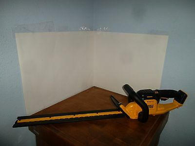 "DeWALT 20V MAX 22"" Hedge Trimmer DCHT820B (Tool Only)"