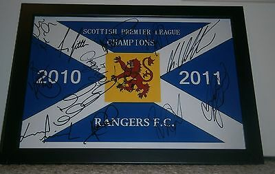 Rangers Fc  2010/11  League Winners  Flag Signed By 13
