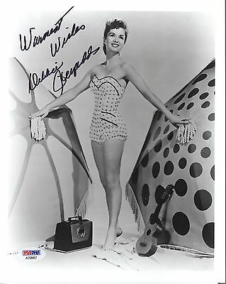 DEBBIE REYNOLDS HAND SIGNED 8x10 PHOTO        YOUNG+CUTE IN SWIMSUIT      PSA