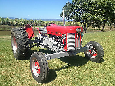 Tractor Classic Massey Ferguson 65 Diesel Ideal hobby Farm Excellent condition