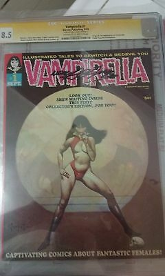 Vampirella #1 CGC SS 8.5 OW-W pages signed by Neal Adams 1st App & Origin
