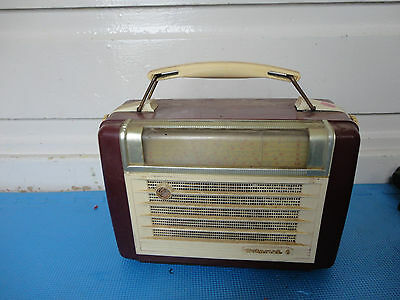 Vintage Hotpoint 6 radio (our code 027)