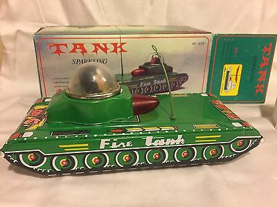 China MF-956 Chines Sparkling Fire Tank-Friction Tin Toy- w/Box Huge Robot Sale!