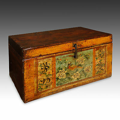 Fine Antique Chinese Lacquered Painted Pheasant Pine Wood Wedding Chest 19Th C