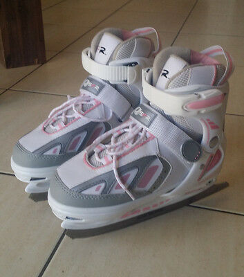 Ice skate shoes, size 13 - 3. Adjustable size. Includes brand new blade protecto