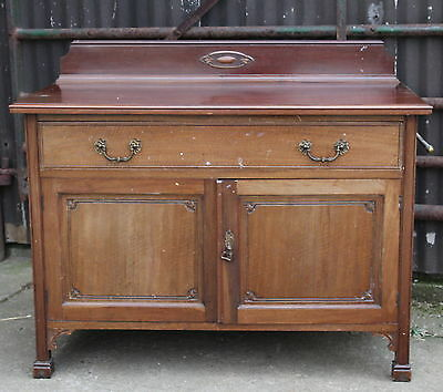 An Edwardian Carved Mahogany Bedroom Cabinet Chest Part Suite