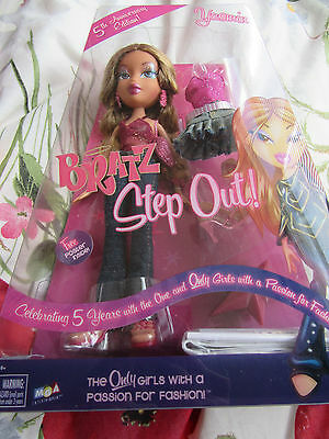 Bratz Step Out 5Th Anniversary Yasmin.. Boxed..