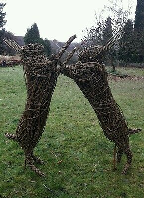 "willow sculptures ""Boxing Hares"""