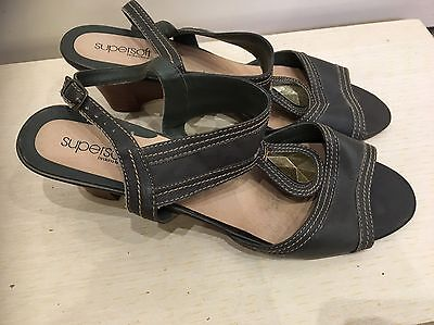 Diana Ferrari Sandals shoes Size 12 Very Good Condition Work Casual