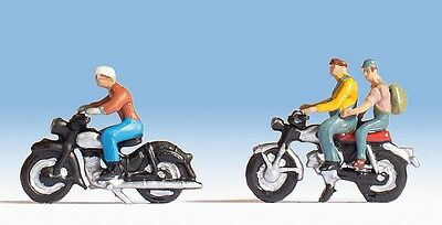 NOCH 45904 TT Gauge 1 Set Motorcycle riders, 3 Figures and 2 Motorcycles