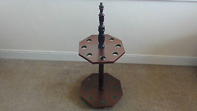 free standing pool or snooker cue rack for 8 cues