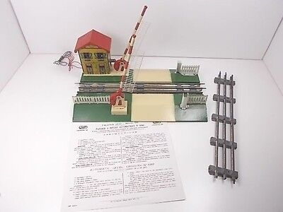 French Jep O Gauge Automatic Level Crossing