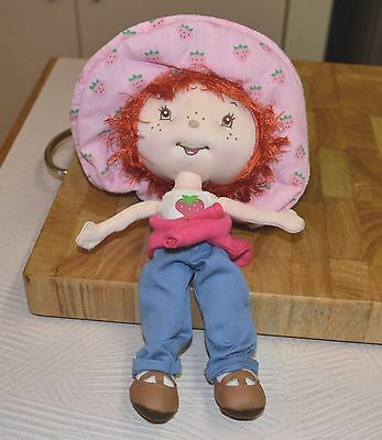"10"" Berry Best Friends Strawberry Shortcake Soft Material Doll 2005"