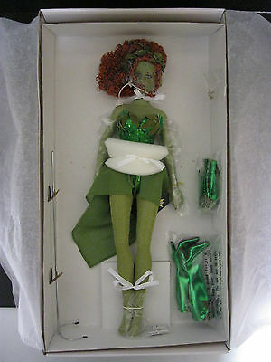Tonner Dc Stars Collection Poison Ivy 16 Inch Collector Doll Very Rare & Vhtf