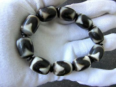 "Estate  10 Natural  Tibetan  Old  "" Water Waves "" Amulet  Dzi Bead Bracelet."