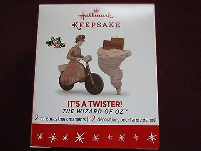 2016 Hallmark Limited Edition It's a Twister Wizard of Oz Mini ornament set of 2