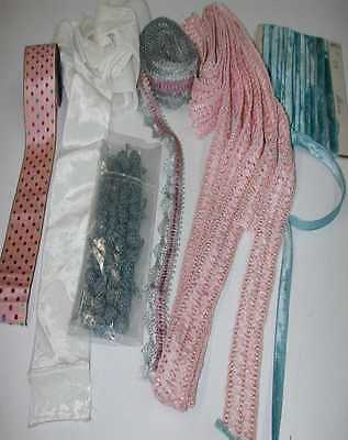 Lot of Silk Ribbons and Passementeries (Also Nice) (LOT 31)