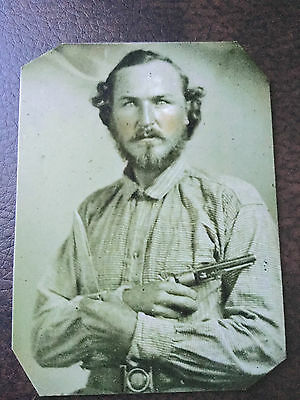 Civil War Military Soldier with pistol & knife TinType C507NP