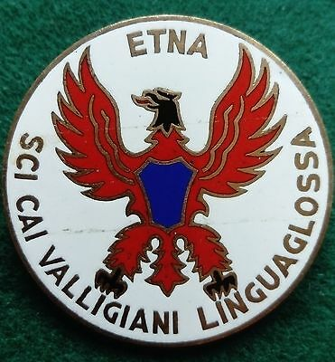 Etna Sci CAI Valligiani Linguaglossa Italian Alpine Club pin badge