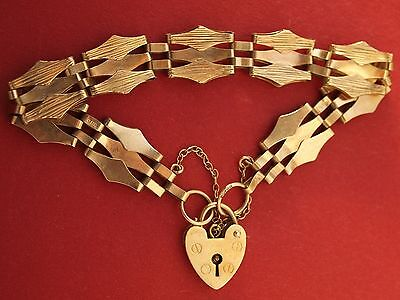 9ct Yellow Gold Fance 3 Gate Bracelet with Heart Padlock