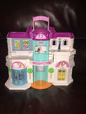 2003 Fisher Price Sweet Streets Village Care Hospital GUC
