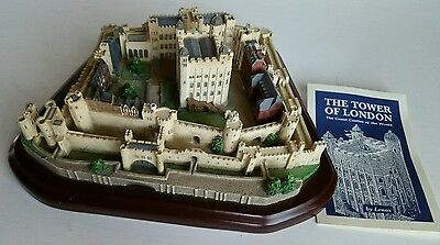 1995 Lenox Tower of London Figure Great Castles of the World