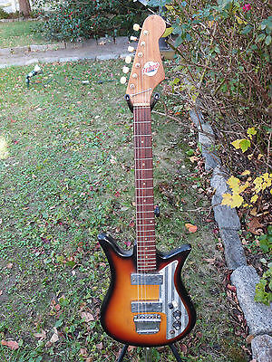 tiesco teisco Vintage   Electric Guitar Japan sixties  e 200   tulip