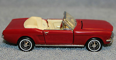 1/43 Franklin Mint #B11TC18 1964 Ford Mustang Convertible