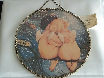Victorian Flue cover two angels hugging with chain edges Gallery Graphics Noel