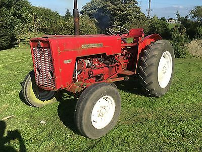 INTERNATIONAL McCormic 434 tractor - with power steering