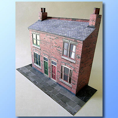 7mm Scale Victorian Terraced Houses Card Model Kit Ideal For O Gauge Trains