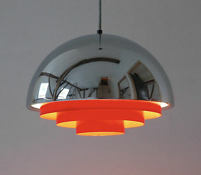 Jo Hammerborg Fog & Morup, Milieu in Chrome and with red diffuser lamp light